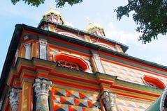Iglesia colorida vieja en la trinidad Sergius Lavra Fotos de archivo libres de regalías