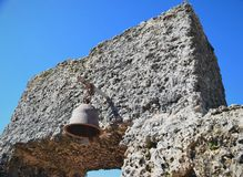 Iglesia con la vieja misión Bell Fotografía de archivo