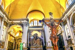 Iglesia cruzada Venecia Italia de Bailica San Moise Profeta del crucifijo foto de archivo libre de regalías