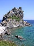 Iglesia de Agios Ioannis en la isla de Skopelos fotos de archivo libres de regalías