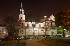 Iglesia de Bernandine en la noche en Kraków Imágenes de archivo libres de regalías