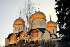 Iglesia de Dormition de Moscú el Kremlin Foto de color Foto de archivo libre de regalías