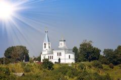 Iglesia de Elijah Prophet en el río de Volkhov, nuevo Ladoga, Rusia Fotografía de archivo