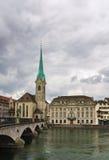 Iglesia de Fraumunster Imágenes de archivo libres de regalías