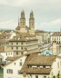 Iglesia de Grossmunster en Zurich Fotografía de archivo