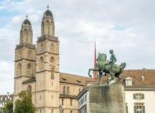 Iglesia de Grossmunster en Zurich Imagen de archivo libre de regalías