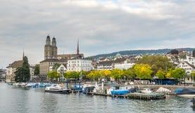 Iglesia de Grossmunster en Zurich Foto de archivo libre de regalías