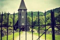 Iglesia de Hamre, isla Osteroy Noruega Fotografía de archivo