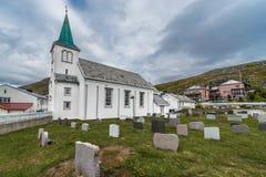 Iglesia de Honningsvag en el condado de Finnmark, Noruega Fotografía de archivo