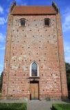 Iglesia de Keldby en la isla de lunes Imágenes de archivo libres de regalías