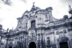 Iglesia de la Compania de Jesus i Quito, Ecuador Arkivbild