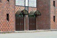 Iglesia de la cruz, entrada principal Kaliningrado (hasta el 1946 Koen Foto de archivo