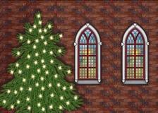 Iglesia de la Navidad con las estrellas en las ventanas y un christmastree afuera Fotos de archivo libres de regalías