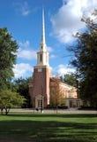 Iglesia de la pequeña ciudad Foto de archivo libre de regalías