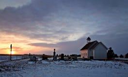 Iglesia de la pradera del país Foto de archivo libre de regalías