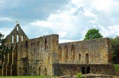 Iglesia de la ruina en la batalla Inglaterra de la abadía de la batalla Imagen de archivo