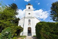 Iglesia de la trinidad santa en Lendavske Gorice, Eslovenia fotos de archivo