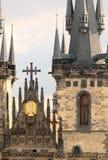 Iglesia de la Virgen Maria antes de Tyn en Praga Imagen de archivo