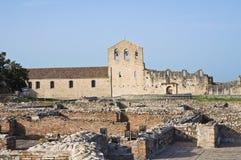 Iglesia de los SS. Trinidad. Venosa. Basilicata. Italia. Fotografía de archivo