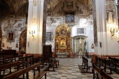 Iglesia de Madeleine del santo en la decoración de los arcos y de los techos de Sevilla Fotos de archivo libres de regalías