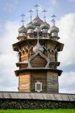 Iglesia de madera en Kizhi bajo reconstrucción Fotografía de archivo libre de regalías