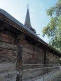 Iglesia de madera, pueblo de Jercălăi, el condado de Prahova Foto de archivo libre de regalías