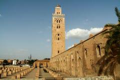 Iglesia de Marrakesh en la puesta del sol Fotos de archivo libres de regalías