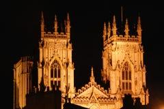 Iglesia de monasterio de York por noche Fotos de archivo libres de regalías