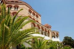 Iglesia de Nektarios de los agios en la isla de Aegina Imágenes de archivo libres de regalías