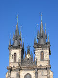 Iglesia de nuestra señora delante de Tyn. Praga. Imagen de archivo