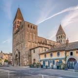 Iglesia de Philibert del santo en Tournus Foto de archivo
