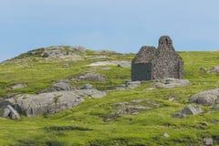 Iglesia de piedra arruinada. Isla de Dalkey. Irlanda Fotos de archivo libres de regalías