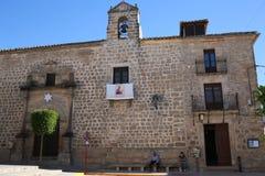 Iglesia de Sabiote, pueblo de Jaén, en Andalucía fotografía de archivo