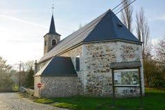 Iglesia de Sainte-Gertrudis en Jauchelette-Jodoigne fotografía de archivo