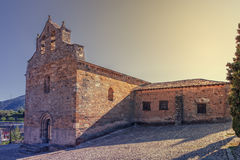 Iglesia de San Jaime, fin del siglo XII, Villafranca del Bierzo, León, España Foto de archivo libre de regalías