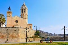 Iglesia de Sant Bartomeu Sitges, España Foto de archivo