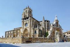 Iglesia de Santa Maria la Real, Sasamon, Spanien arkivfoto