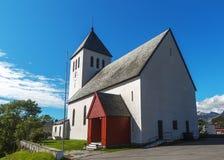 Iglesia de Sortland en Sortland en el condado de Nordland, Noruega foto de archivo libre de regalías