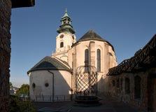 Iglesia de St Emeram en el castillo del hrad de Nitransky en Eslovaquia Foto de archivo libre de regalías