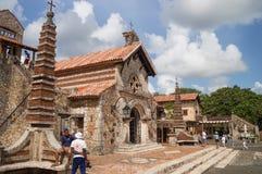 Iglesia de St Stanislaus, Altos de Chavon, República Dominicana imagen de archivo libre de regalías