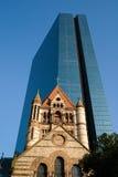 Iglesia de trinidad y la torre de Juan Hancock Fotografía de archivo