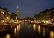 Iglesia de Westerkerk en Amsterdam en la noche Imagenes de archivo