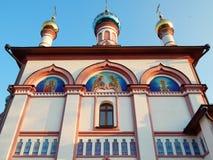 Iglesia de Znamenskaya en Pereslavl-Zalessky en Rusia en la puesta del sol Imágenes de archivo libres de regalías