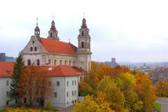 Iglesia del arcángel de Vilna en el río Neris del tablero Fotografía de archivo libre de regalías