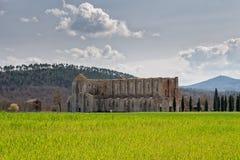 Iglesia del galgano de San sin el tejado en Toscana Fotos de archivo libres de regalías