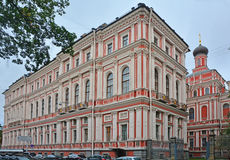 Iglesia del icono de la madre de dios toda la alegría que se aflige en el palacio de Nikolaev en St Petersburg, Rusia Imagenes de archivo