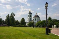 Iglesia del icono de nuestra señora Life-giving Spring en Tsaritsyno Fotos de archivo
