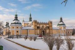 Iglesia del monasterio barroco en Svata Hora - la montaña santa Pribram, República Checa Foto de archivo