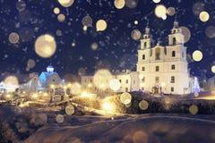 Iglesia del paisaje en Minsk el noche de la Navidad Fotografía de archivo libre de regalías