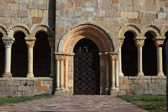 Iglesia del Romanesque del St. juliana Foto de archivo libre de regalías